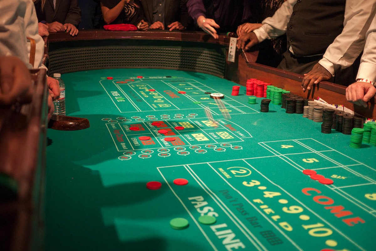 Massachusetts Gaming Commission Allows Blackjack and Craps to Resume