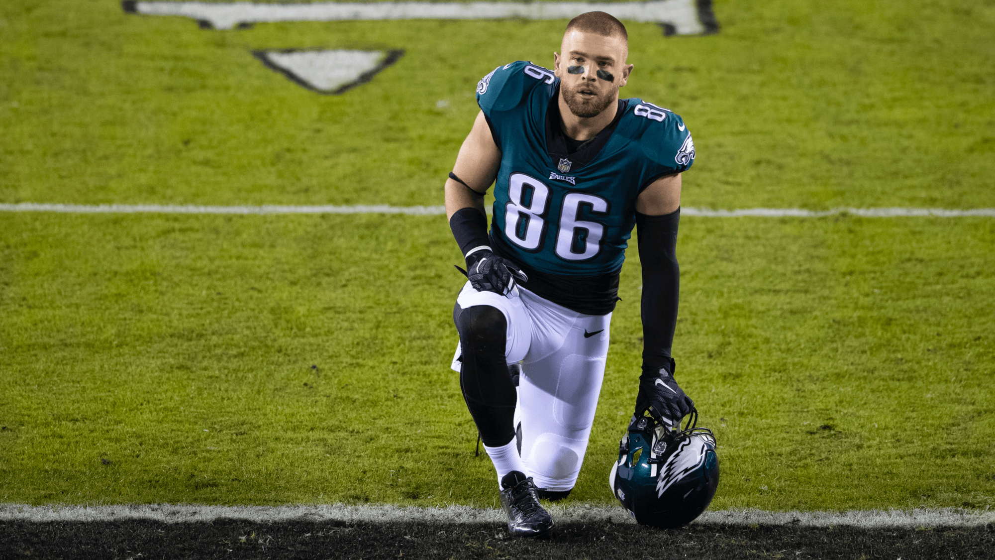Zach Ertz Odds: Is the Tight End Indianapolis-Bound?