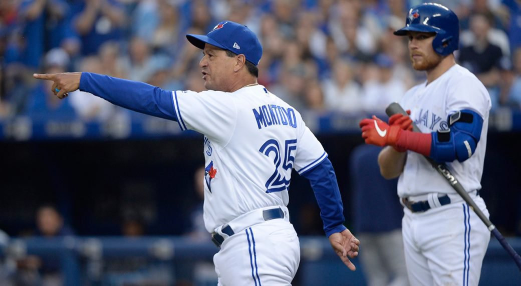 MLB Odds: Montoyo, Snitker Favorites for Manager of the Year Awards