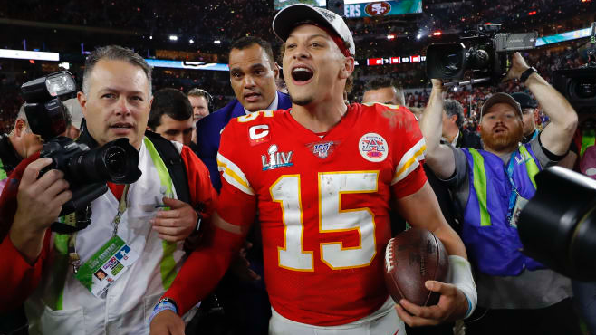 2021 NFL MVP Award Odds: Mahomes Favored to Win for Second Time