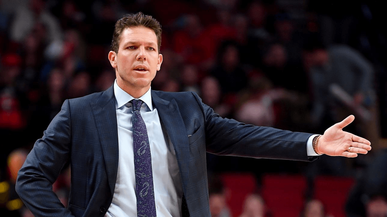 NBA Odds: Walton Likely to Be Next Coach to Lose His Job