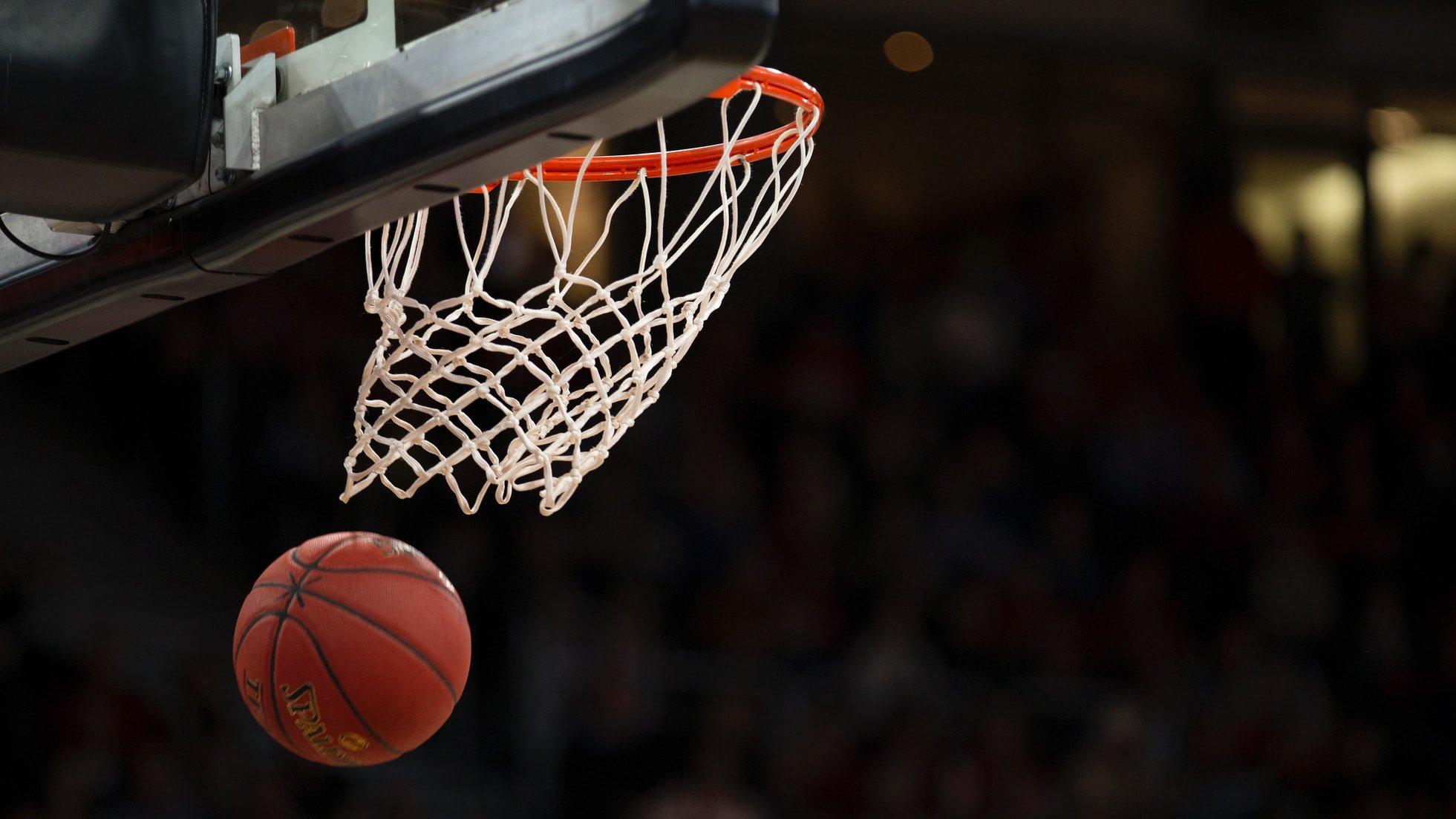 NBA Playoff Odds: Atlanta Hawks vs Milwaukee Bucks Game 2 Preview